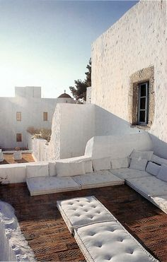 Resting on the terrace ~ Patmos island, Greece Outdoor Rooms, Outdoor Living, Outdoor Decor, Outdoor Furniture, Exterior Design, Interior And Exterior, Mini Piscina, The Great Outdoors, Interior Architecture
