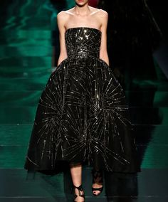 Monique Lhuillier Ready To Wear Fall 2013