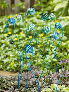 Fiddlehead Stakes - I am thinking some heavy gauge wire and some spray paint and I can do this myself