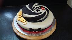 James Bond 0040 birthday cake
