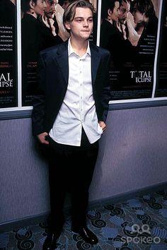 "Leonardo Dicaprio at ""Total Eclipase"" Premiere, New York 11-1-1995 Photo by Anthony Savignano/ipol/Globe Photos, Inc."