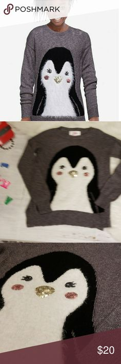 JUSTICE BEAUTIFUL GREY PENGUIN SWEATER 8 Beautiful and soft Gray knit sweater. Penguin on front adorned with sequin facial features. In excellent condition. Justice Shirts & Tops Sweaters