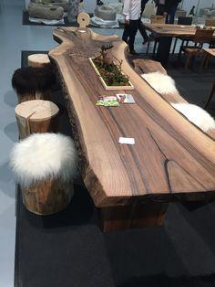 Live Edge Wood, Live Edge Table, Showroom Design, Interior Design, Esstisch Design, Tree Table, Slab Table, Woodworking Inspiration, Cottage Design