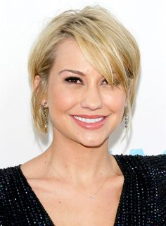 Get the look: Chelsea Kane's short, blonde, chic, straight hairstyle