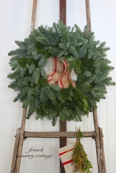 FRENCH COUNTRY COTTAGE: Christmas Ladder Love