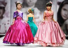 Шьем нарядное платье на Новый год для доченьки! Несколько вариантов ОЧЕНЬ легкого пошива (справится каждая мама). Модный обзор и идеи!