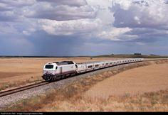 RailPictures.Net Photo: 334.002 Renfe Vossloh 334 at Pollos (Valladolid), Spain by Marcos Maté