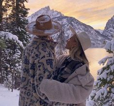 The Love Club, This Is Love, Cute Relationship Goals, Cute Relationships, Cute Couples Goals, Couple Goals, Hopeless Romantic, Winter Time, Couple Pictures
