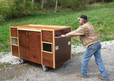mobile homeless shelter    Ideia genial para reciclar madeira e ajudar quem precisa.