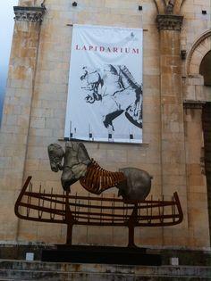 Lapidarium di Gustavo Aceves a Pietrasanta