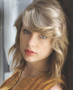 Taylor Swift she is a singer, songwriter and actress : who made her debut in the music industry in 2006 All About Taylor Swift, Taylor Swift Hot, Taylor Swift Style, Beautiful Taylor Swift, Taylor Swift Pictures, Estilo Retro, Celebs, Celebrities, Blond