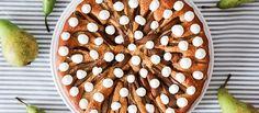 Hrušková bublanina. Aj #bublanina môže vyzerať luxusne. A dokonca tak aj chutiť. #hrušky #pečenie #recept #koláč http://varme.dennikn.sk/recipe/hruskova-bublanina/