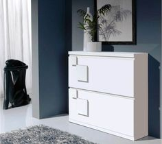 Shoe cabinet – the practical piece of furniture for a tidy home - Decoration 2 Foyers, Shoe Cabinet Design, Entryway Shoe Storage, Shoes Stand, Modern Wardrobe, Minimalist Bedroom, Filing Cabinet, Shoe Rack, Shoe Cabinets