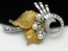 Lovely Pennino Vintage Brooch Pin Simulated Pearl Rhinestone Goldplate   eBay http://www.ebay.com/itm/Lovely-PENNINO-Vintage-Brooch-Pin-Simulated-Pearl-Rhinestone-Goldplate-/181039825902?pt=Vintage_Costume_Jewelry=item2a26d083ee