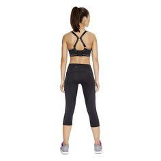Soutien gorge FREYA ACTIVE AA4892 Noir Freya active Maintien Extreme Conçu pour un maintien optimal, le soutien gorge FREYA Active AA4892 est disponible jusqu'au bonnet H. Sans couture, moulé,  il est trés confortable. Un crochet coulissant permet l'obtention d'un dos croisé ou nageur ajustable pour un habillage rapide et facile : avec son boxer AA4498 en coloris noir. #lingeriesport #sport #underwear www.lingerie-sport.com
