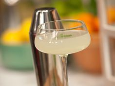 Good for summer nights on the porch! The Southside : (Can also do a splash of club soda to make it a fizz) Cocktail Recipe : Geoffrey Zakarian :