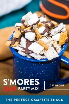 Check out this ooey gooey S'mores Chex Party Mix recipe! You just can't go wrong with melted chocolate, marshmallows, crunchy Chex and all the nostalgic flavors of a perfectly toasted s'more. Yummy Treats, Delicious Desserts, Just Desserts, Sweet Treats, Yummy Food, Tasty, Snack Mix Recipes, Dessert Recipes, Snack Mixes