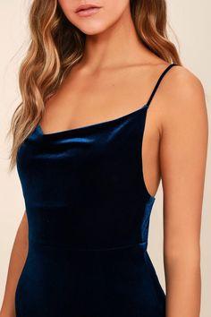 Sorceress Navy Blue Velvet Maxi Dress Source by trisye_ichi velvet dress Navy Dress Outfits, Velvet Bridesmaid Dresses, Navy Blue Prom Dresses, Navy Blue Outfits, Pretty Dresses, Bridesmaids, Navy Velvet Dress, Velvet Bodycon Dress, Navy Blue Short Dress