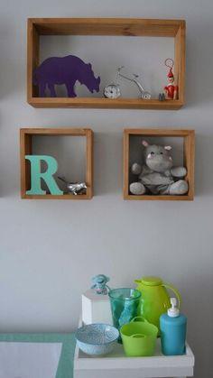 Baby room boy gray and turquoise cloud eames wood kit higiene moderno - Rafael