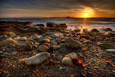 The Beginning Mousehole at Dawn, a magical moment listening to the quiet lapping of the waves and watching the sunrise! Pictures Of England, Castles To Visit, Morning Sunrise, New Backgrounds, Cornwall England, Rock Pools, Amazing Sunsets, What A Wonderful World, Mousehole Cornwall