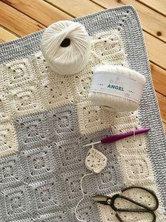 Patrón de ganchillo: Manta granny corazón de Maria Atelier | El blog de Dmc | Bloglovin' Straw Bag, Burlap, Crochet Patterns, Reusable Tote Bags, Blog, Fun, Ideas, Tutorial Crochet, Crochet Pattern