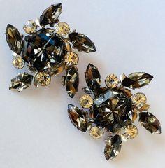 Vintage Pinwheel Clip Back Earrings Hexagon by JacobandCharlies