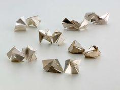 Regine Schwarzer. Earrings: Fractal constructs, 2009. Sterling silver.