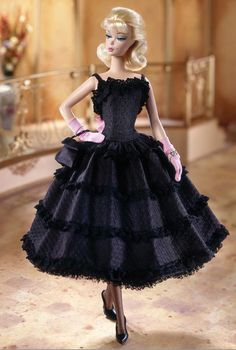 with Certificate of Authenticity 13.5-in Signature Doll with Silkstone Body in Blue Gown Barbie Fashion Model Collection The Galas Best Doll