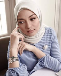 """103.4k Likes, 586 Comments - Noor Neelofa Mohd Noor (@neelofa) on Instagram: """"Your life is a reflection of your thoughts. If you change your thinking, you change your life. So…"""""""