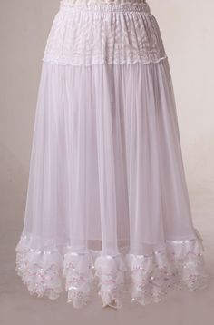 White Wedding Skirt With Ruffles Wedding Skirt, Wedding Dresses, Boho Dress, Dress Skirt, Velvet Shawl, Boho Accessories, Western Wear, Wearing Black, Sexy Lingerie