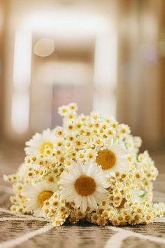 daisy wedding bouquet // photo by I Love Wednesdays // flowers by Justine Rose  Cute for the little ones.