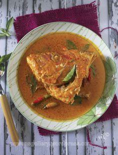 Gulai Kepala Ikan. See the recipe in http://pawonsgallery.wordpress.com/2014/11/10/gulai-kepala-ikan/