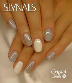 Silver Nails, White Nails, Pink Nails, White Glitter, Gray Nails, Glitter Art, Glitter Manicure, Manicure And Pedicure, Pedicure Ideas