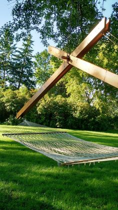 [ideal for] backyard camping single-tree installation [basics] materials: pine or cedar stainless steel dimensions: 15 l x 4 w x 8 h finish: marine spar urethane [details] Hammock Frame, Hammock Netting, Outdoor Hammock, Hammock Stand, Backyard Camping, Backyard Patio, Backyard Landscaping, Diy Wood Projects, Outdoor Projects