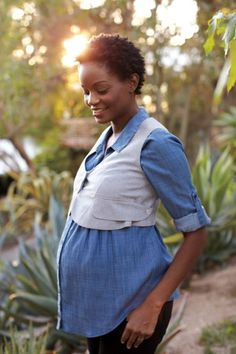 Spring Maternity Fashion: Color Pops