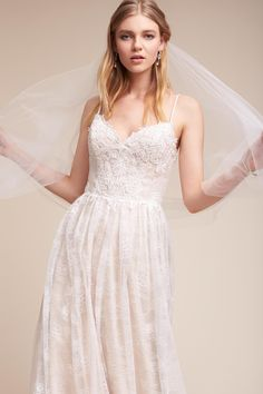 Weddings & Events Fashion Outdoor High Low Short Wedding Dress 2017 Beaded Sashes Sweetheart Tulle Pick-ups Train Reception Beach Bridal Gowns Promote The Production Of Body Fluid And Saliva