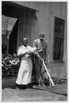 Beaumont, Texas...EDGAR and MINERVA BENDY, Ages 90 and 83. (Born in Slavery:  Slave Narratives from the Federal Writers' Project, 1936-1938).