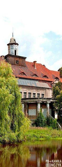 Bełcz Wielki Palace - Poland