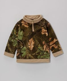 Tiny troopers will be ready to leaf the house after slipping on this super-cozy camouflage number! Soft and stretchy fleece ensures little ones stay comfy and adventure-ready, while the zip-up collar makes it easy to slip on.