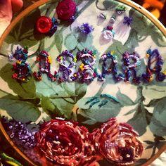 Bordado de nombre. Name embroidery Barbiegirl_travels_arts@instagram.com