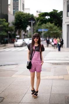 Combishort / Bag : Betty x Lancaster / Shoes : Urban Outfitters
