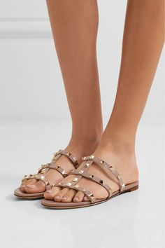 bd49d1180 Slight heel Blush leather Slip on Designer color  Poudre Made in Italy Valentino  Rockstud Sandals