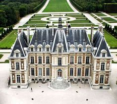 Château de Sceaux, Sceaux, Hauts-de-Seine, France - www.castlesandmanorhouses.com