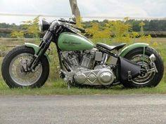 Looks like the modern-day softail slim came from this style Harley-Davidson #harleydavidsonsoftailslim
