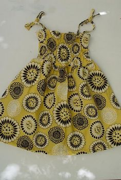 """No pattern needed. Full instructions for this shirred sun dress. """"pretty,"""" says Natalie."""