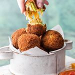 If you are looking for a delicious and unique appetizer thecookierookie had got you covered with these Bacon Broccoli Cheese Arancini direct link in profile therecipecritic appetizer arancini bacon nye huffposttaste foodandwine buzzfeedfood bhgfood eeeeeats buzzfeast foodgawker foodforfoodies thekitchn todayfood