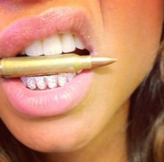 girls with grillz teeth Mouth Grills, Grills Teeth, Diamond Grillz, Diamond Teeth, Grillz Gold, Gold Grill, Girls With Grills, Girl Grillz, Grillz For Girls