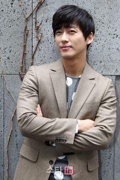 Namgoong Min (남궁민) - Picture @ HanCinema :: The Korean Movie and Drama Database Korean Celebrities, Korean Actors, Namgoong Min, Korean Drama Movies, Song Joong Ki, Bo Gum, Shinee, Kdrama, Models