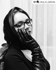 Long Gloves, Leather Gloves, Black And White, Womens Fashion, People, Photography, Brunettes, Facebook, Colors