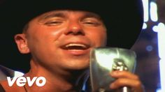 Kenny Chesney - She Thinks My Tractor's Sexy...mmm, i do! Mow that lawn Baby ;)